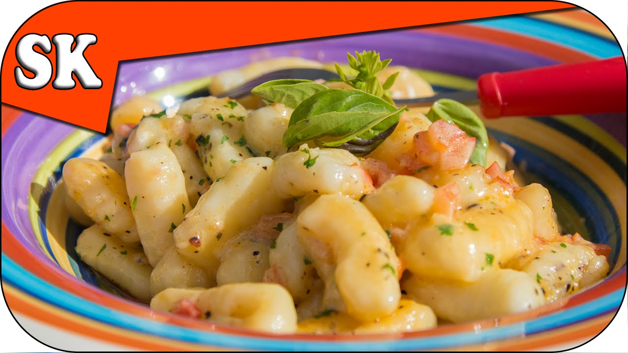 How to Make Gnocchi - With and Without Egg - Steve's Kitchen
